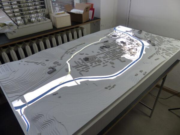 Modellbau zum geplanten Flutkanal in Greiz
